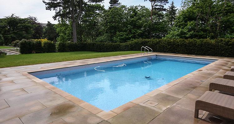 National Leisure Swimming Pool Spa Retailers Contractors Engineers